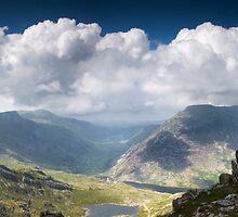Ogwen Valley Panorama by igotmeacanon