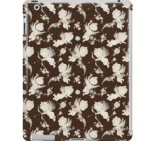 Cute Victorian Angels on chocolate Background. iPad Case/Skin