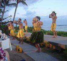 Dancers at a show in Hawaii by chord0