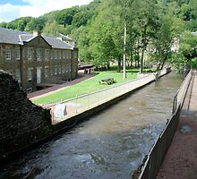 New Lanark - the mill and waterhouses by dougie1