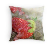 Juice. Throw Pillow