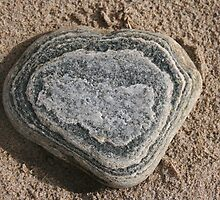 Love Heart rock found on a beach in Bellmullet, Co. Mayo by godfather76