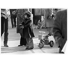 Collector, On the Way to M.Cartier Bresson Paris 1975 16 (b&n)(t) by Olao-Olavia par Okaio Création konica T3 zoom vivitar série 70.210 F/3.5 HP5 Poster