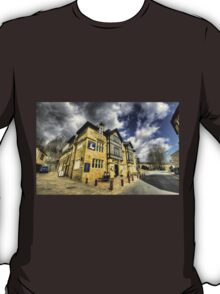 White Hart at Todmorden  T-Shirt