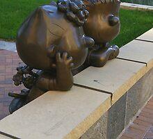 Peanuts Statues by Tom  Reynen