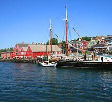 Lunenburg Waterfront by HALIFAXPHOTO