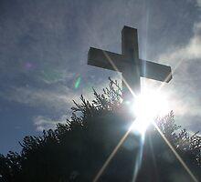 Mt Macedon Memorial Cross  by didjman