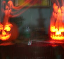 REDREAMING HALLOWEEN CANDLE LIGHT by REDREAMER