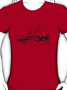 squirrels on tree branch with red hearts T-Shirt