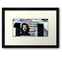 Artwork of Che on Trabajadores Sociales building, Vinales, Cuba Framed Print