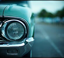 Headlight by Robert Hoehne