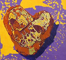 Kintsugi Golden Heart by Auna Salomé Moorea