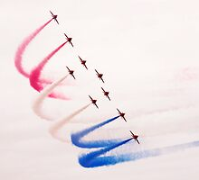 Red Arrows by Stuart Howard