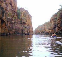 Canoeing Katherine Gorge by Honor Kyne