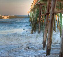 Flagler Beach Pier by robbievandalen