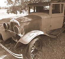 1928 Plymouth.....1 by Larry Llewellyn