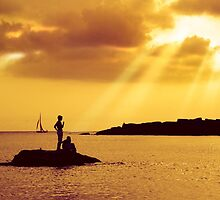 Silhouettes on the Beach by ccaetano