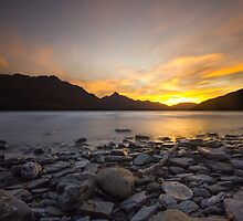 Sunset In The Mountains by ezradavies
