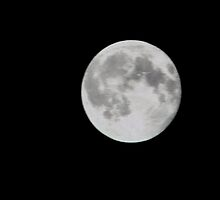 'Ol. Moon Above by MaeBelle