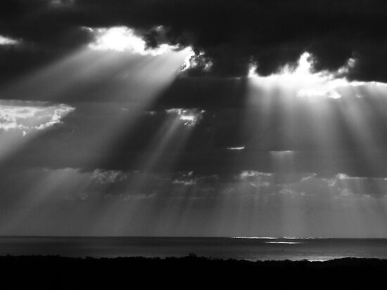 """B&W Sunrays"" by debsphotos"