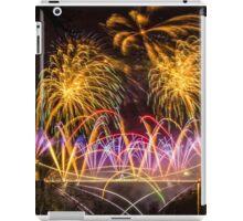 Fireworks on Clifton Suspension Bridge, Bristol iPad Case/Skin