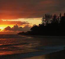 Early Morning Coolangatta by Tim Everding
