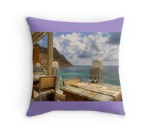 Dining in Paradise Throw Pillow