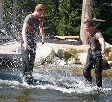 GROUSE MOUNTAIN LOGGIING SHOW by DIANEPEAREN