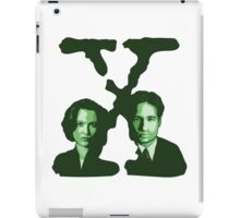 X-FILES - Scully & Mulder (green) iPad Case/Skin