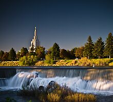 Sun down on the Idaho Falls temple by Nick  Cardona