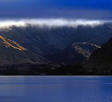 Lake Wanaka New Zealand by Angelika  Vogel
