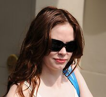 Rose  McGowan by DaveVaughan