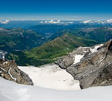 Wide angle view from Jungfraujoch by peterwey