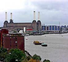 Battersea Power Station by justlinda