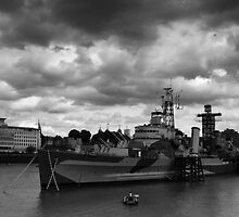 HMS Belfast by photogenic