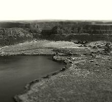 Dry Falls - Washington State - Panorama by Aimee Stewart