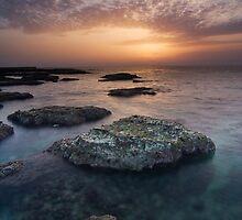 I'll follow the sun  by Antoine Khater