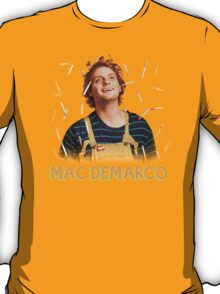 Mac Demarco - Love for his cigarettes!  T-Shirt