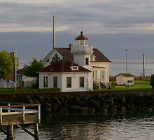 Lighthouse at Mukilteo, Washington by Henri Irizarri