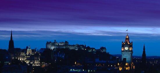 Edinburgh skyline at dusk by tayforth