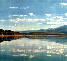 Kootenai Lake, British Columbia by dougf