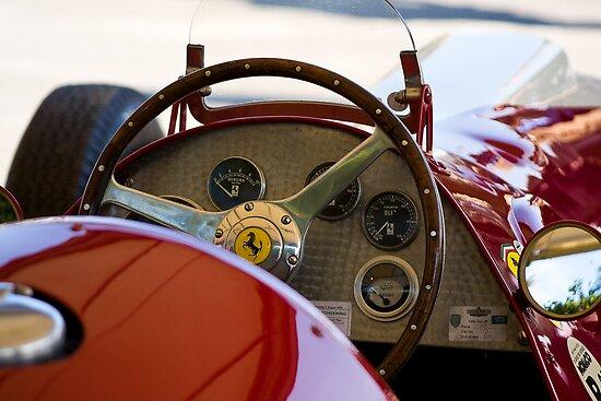 Equipe Ferrari de Formula 1 de 1950 by www.redbubble.com