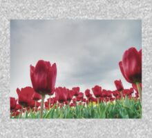 Red tulips 4 Kids Clothes