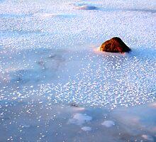 A freezing stone by Bluesrose