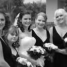 Alicia & Bridesmaids by KeepsakesPhotography Michael Rowley