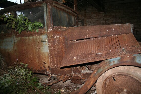 Rusty Car by Pamela Jayne Smith