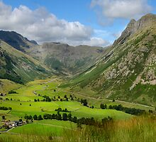 Upper Langdale - Cumbria by eddiej
