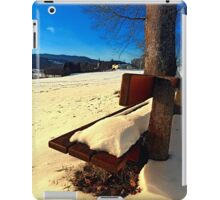 Snow covered bench in winter scenery | landscape photography iPad Case/Skin