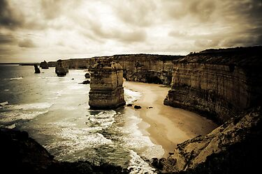 Twelve Apostles, Great Ocean Road, Victoria by Samantha Cole-Surjan