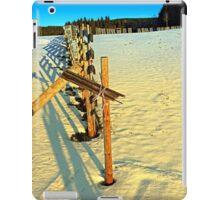 Leading fence line in winter wonderland | landscape photography iPad Case/Skin